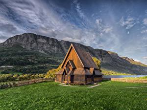 Desktop hintergrundbilder Norwegen Berg Kirchengebäude Aus Holz Valdres Natur