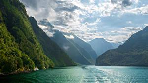 Bilder Norwegen Gebirge Wolke Fjord  Natur