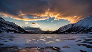 Bilder Norwegen Berg Wolke Finnmark, fjord