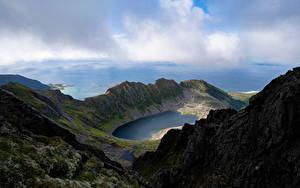 Fotos Norwegen Berg Lofoten See Wolke Trolldalsvatnet