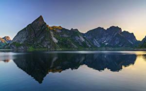Hintergrundbilder Norwegen Berg Wasser Felsen Reflexion  Natur