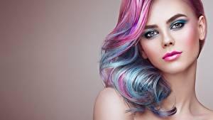 Fotos Haar Make Up Starren Gesicht Frisur Oleg Gekman junge Frauen