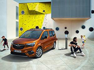 Bilder Opel Kleintransporter Braun Metallisch Familie Combo-e Life, 2021 automobil