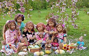 Bilder Parks Ostern Deutschland Frühling Blühende Bäume Kaninchen Kleine Mädchen Puppe Ei Grugapark Essen