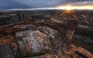 Bilder Parks Sonnenaufgänge und Sonnenuntergänge Steine Vereinigte Staaten Horizont Lichtstrahl Smith Rock State Park, Oregon