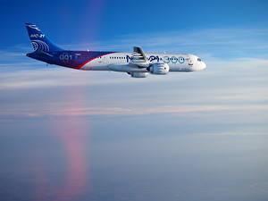 Desktop hintergrundbilder Flugzeuge Verkehrsflugzeug Seitlich Flug Irkut MC-21 Luftfahrt