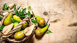 Image Pears Wicker basket Foliage Food