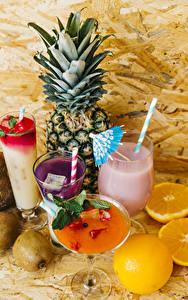 Bilder Ananas Cocktail Apfelsine Kiwi Trinkglas Weinglas Lebensmittel