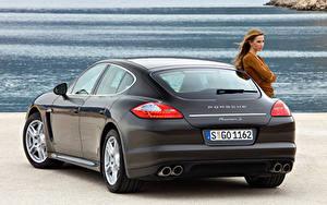 Fotos Porsche Hinten Metallisch Panamera S 970, 2020 Autos Mädchens