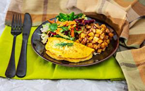 Hintergrundbilder Kartoffel Gemüse Messer Teller Frühstück Spiegelei Gabel Lebensmittel