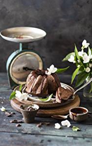 Desktop hintergrundbilder Keks Schokolade Bretter Lebensmittel