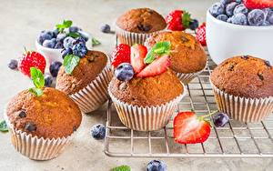 Hintergrundbilder Keks Muffin Erdbeeren Heidelbeeren