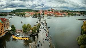 Bilder Prag Tschechische Republik Flusse Brücke Von oben Charles bridge, Vltava Städte
