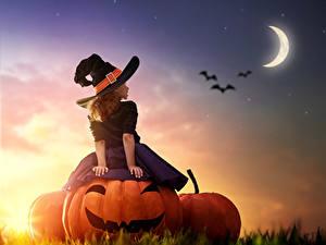 Fotos Kürbisse Halloween Himmel Mondsichel Kleine Mädchen Der Hut Mond Rock Kinder