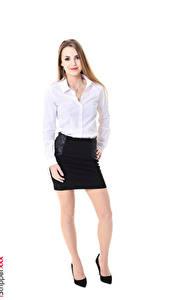 Sfondi desktop Randy Ayn iStripper Sfondo bianco Biondo scuro Blusa Braccia Gonna Le gambe Scarpe con tacco ragazza