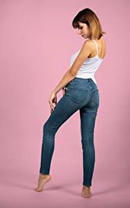 Bilder Pose Jeans Unterhemd Bein Rebecca Mädchens