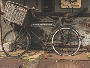 Fotos Antik Weidenkorb Fahrrad Seitlich Alt