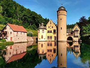 Hintergrundbilder Flusse Burg Deutschland Turm Spiegelt Mespelbrunn Castle, Alsava River Städte