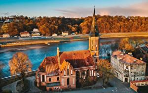 Hintergrundbilder Fluss Gebäude Litauen Kirchengebäude Kaunas Von oben Vytautas Church