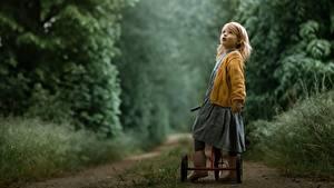 Hintergrundbilder Wege Kleine Mädchen Fahrrad Kinder