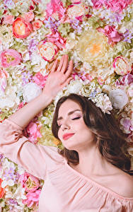 Wallpapers Roses Brown haired Hands young woman