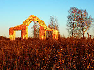 Bilder Ruinen Herbst Gras Natur