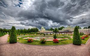 Fotos Russland Sankt Petersburg Park Rose Palast Design Rasen Strauch HDRI Oranienbaum Palace Lomonosov Natur