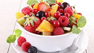 Hintergrundbilder Salat Obst Himbeeren Heidelbeeren Beere Lebensmittel