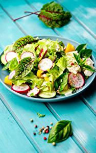 Bilder Salat Gemüse Schwarzer Pfeffer Bretter Teller das Essen
