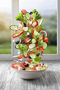 Bilder Salat Gemüse Gurke Tomate Kreativ Teller