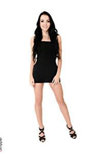 Hintergrundbilder Sapphira A iStripper Weißer hintergrund Brünette Lächeln Kleid Hand Bein Stöckelschuh Mädchens