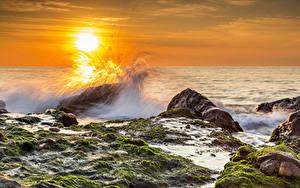 Bilder Landschaftsfotografie Spanien Sonnenaufgänge und Sonnenuntergänge Meer Wasserwelle Steine Laubmoose Sonne Valencia