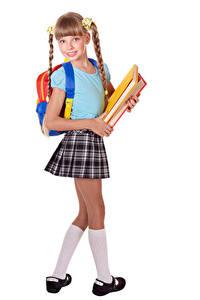 Desktop hintergrundbilder Schule Weißer hintergrund Kleine Mädchen Blick Rucksack Buch Schulmädchen kind