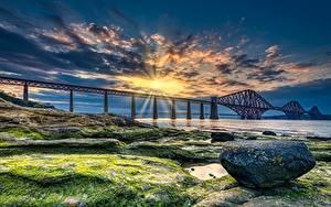 Hintergrundbilder Schottland Brücken Küste Stein Sonnenaufgänge und Sonnenuntergänge Bucht HDRI Lichtstrahl Forth Bridge