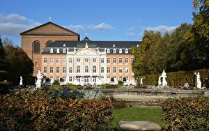 Picture Sculptures Germany Monuments Gardens Palace Electoral Palace, Trier, Rhineland-Palatinate Cities