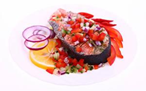 Bilder Meeresfrüchte Fische - Lebensmittel Gemüse Zitrone Weißer hintergrund das Essen