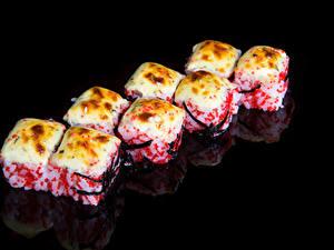 Bilder Meeresfrüchte Sushi Schwarzer Hintergrund Lebensmittel