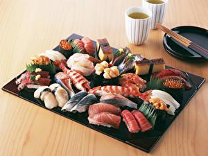 Hintergrundbilder Meeresfrüchte Sushi Caviar Bretter das Essen
