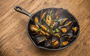 Hintergrundbilder Meeresfrüchte Bretter Bratpfanne mussels das Essen