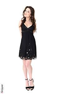 Hintergrundbilder Serena Wood iStripper Weißer hintergrund Brünette Kleid Bein Stöckelschuh