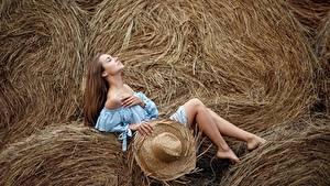 Bilder Bein Heu Pose Der Hut Sergey Sorokin Mädchens