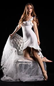 Bilder Silvy Sirius Model Kleid Starren Junge Frauen Mädchens
