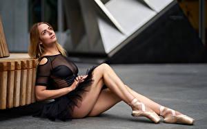 Hintergrundbilder Sitzt Bein Ballett Unscharfer Hintergrund Mädchens