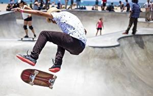 Hintergrundbilder Skateboard Mann Bein Sprung sportliches