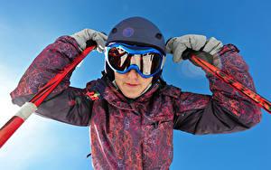 Bilder Skisport Helm Brille Jacke sportliches