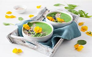 Hintergrundbilder Suppe Veilchen Teller 2 Gelb Schüssel
