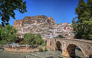 Hintergrundbilder Spanien Gebäude Fluss Brücke Felsen Castilla-La Mancha