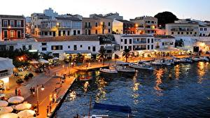 Fotos Spanien Insel Abend Schiffsanleger Boot Haus Straßenlaterne Menorca, Mahon Städte