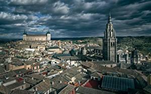 Hintergrundbilder Spanien Toledo Gebäude Türme Wolke Von oben Städte