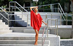 Fonds d'écran Escalier Les robes